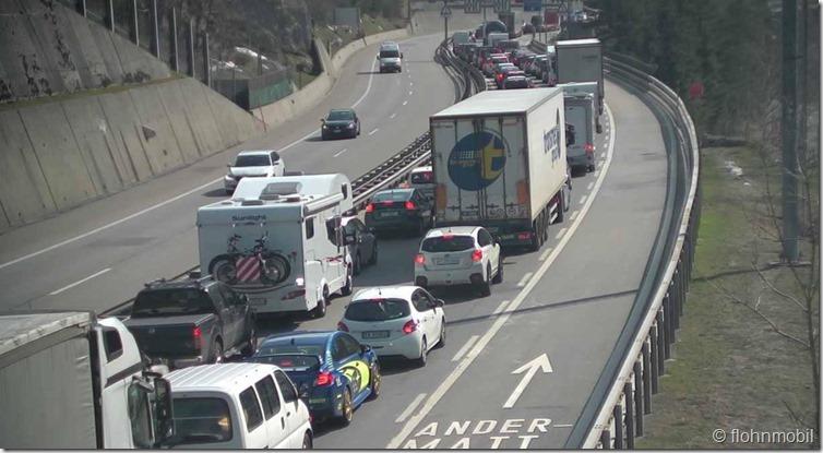 Screenshot_2019-04-18 Webcam Gotthard-Tunnel Webcam Göschenen (Verkehr Gotthardtunnel)